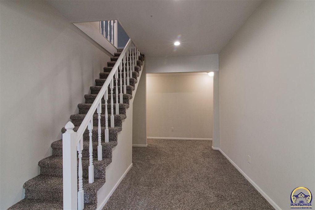New Carpet and Staircase Additions and Remodeling in Kansas